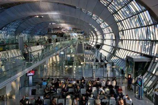 快讯:泰国又批准4类外籍人士入境,持精英签证可入泰!
