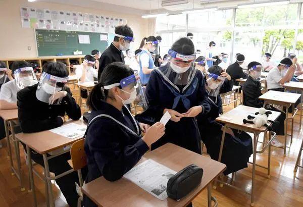 送孩子去日本读书,选公立、私立、还是国际学校?