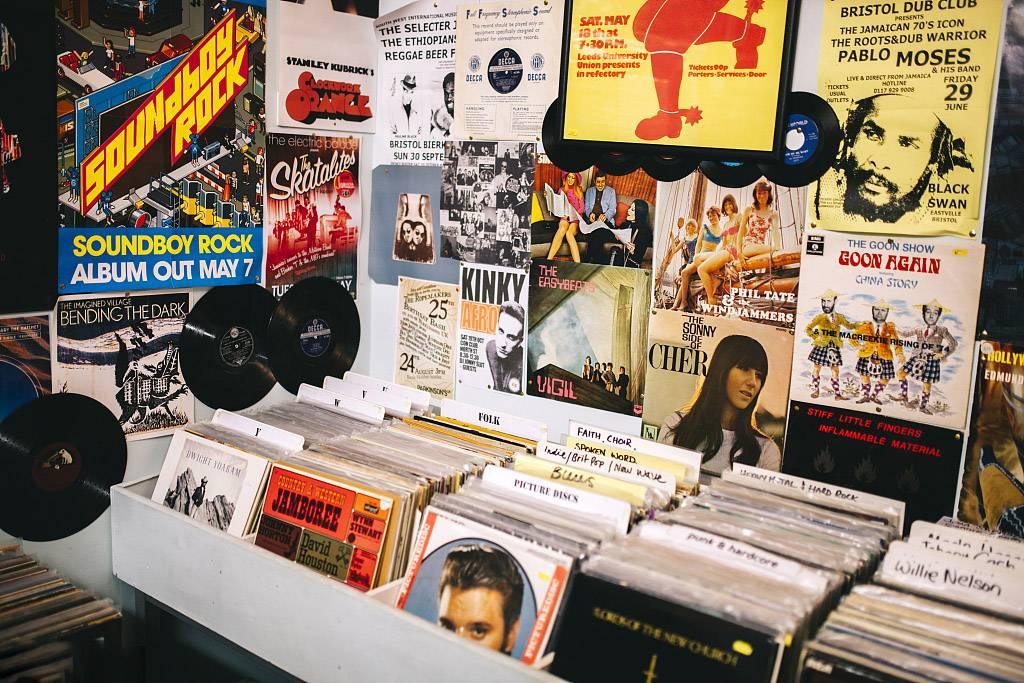 唱片店2.jpg