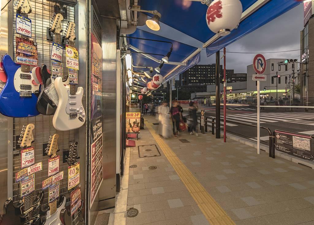 唱片店3.jpg