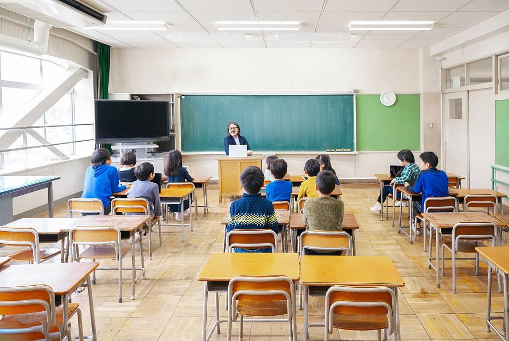 日本小学.jpg