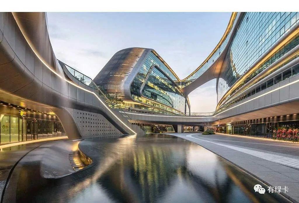 新加坡25年来首次超越香港,成为全球最自由经济体!
