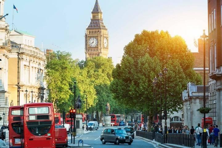 伦敦通勤1小时内的地区,在哪里买房最好?