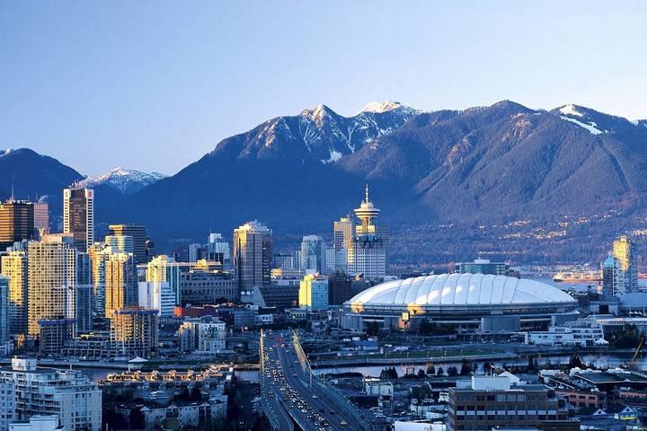 美国房产更具吸引力,加拿大人热衷南下买房