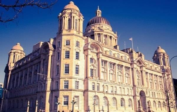 英国经济呈现增长态势 英镑汇率表现强劲引关注